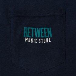 画像2: BETWEEN MUSIC STORE LOGO POCKET T-SHIRT (NAVY)